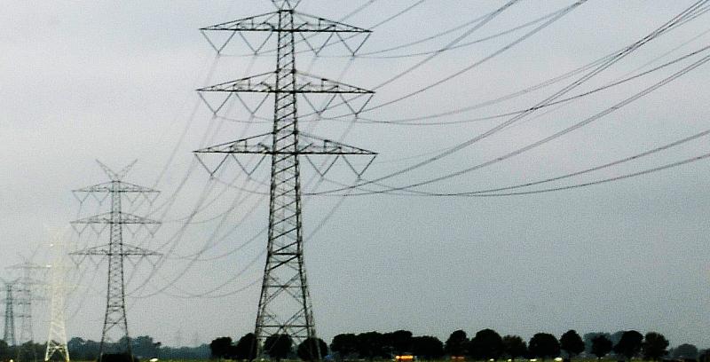 Umweltbewertung neuer 380 kV-  Drehstrom-Freileitungssysteme